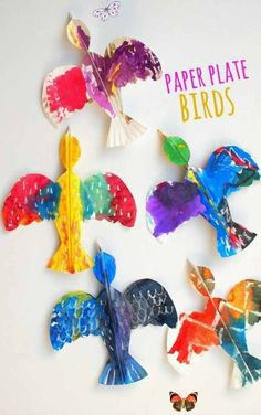 25 Easy Spring Crafts For Kids To Make - easy crafts 25 Best easy spring crafts for kids to make: simple spring crafts for toddlers & spring crafts for preschool kids. From quick & easy easter crafts for kids to spring crafts for kids art projects in the classroom, educational spring crafts for kids and spring crafts for fine motor skills. These homemade Easter crafts for kids ideas are creative & super fun. DIY spring crafts for kids outdoor, elementary spring crafts ... #Crafts #Easy #easy… Paper Plate Art, Paper Plate Crafts For Kids, Crafts For Kids To Make, Easter Crafts For Kids, Paper Plates, Projects For Kids, Art For Kids, Paper Crafts, Easy Crafts
