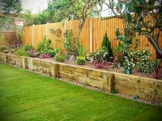 nice 66 Simple and Easy Backyard Landscaping Ideas https://wartaku.net/2017/05/10/simple-easy-backyard-landscaping-ideas/