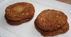 Zandkoekjes van amandelmeel en pecannoten     Met deze koekjes zul je iedereen verrassen! Niemand zal geloven dat het suikervrij is, zo...