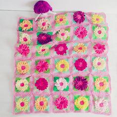 Ravelry: Baby Blanket Gerbera 3D Flower Floral Granny Square pattern by Sol Maldonado