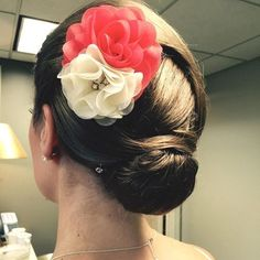 20 Quick and Easy Short Hair Buns to Try