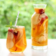 Hard Apple Cider Sangria Recipe  I wonder if you could change it more and do apple, pear, and cranberry to make it more fall to winder...