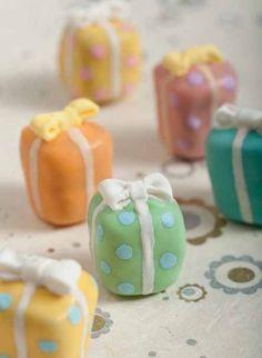 present cake pops