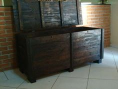 Simple Trunk Made Out of Pallets | 99 Pallets