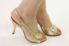 1950s A'mano Shoes Size 5 / 50s Peep Toe Gold by CrushVintage