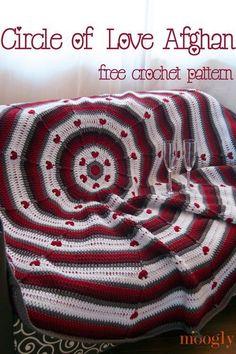 free crochet valentines afghan pattern #CrochetValentines