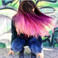 Bitte Like für meine Haarfarbe habe es das erste mal gemacht und möcht eben auch Kommis ob es euch gefällt das ich noch mehr euch Überraschen kann LG Laura❤️