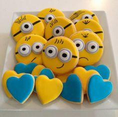 Minion Cookies~ by Nancy's cake house, yellow, blue Superhero Birthday Cake, Cupcake Birthday Cake, Minion Birthday, Minion Party, Birthday Cookies, Cookies For Kids, Fancy Cookies, Cute Cookies, Royal Icing Cookies