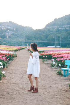 Coachella looks like a lot of fun! I wasn't there, but if I was I'd be dressing a little boho …