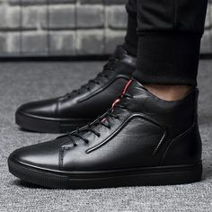 From relaxed to really horny, attempt on-trend mid-calf shoes with elite models and looks you will definitely completely love. Mens Winter Shoes, Mens Snow Boots, Mens Ankle Boots, Winter Fashion Boots, Mens Boots Fashion, Winter Boots, Men's Fashion, Combat Boots, Fashion Styles