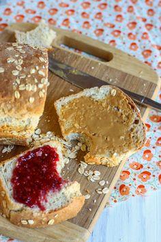 Oatmeal Sandwich Bread @Jenna (Eat, Live, Run)