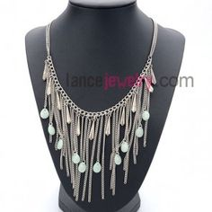 Elegant necklace with chain pendant  decorated acrylic beads and alloy
