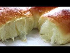dinner rolls/milk bread recipe/bun/soft &chewy Cooking A Dream Breakfast Recipes video recipe Basic Dinner Roll Recipe, Dinner Rolls Recipe, Home Made Rolls Recipe, Croissants, Milk Bread Recipe, Bread Recipes, Cooking Recipes, Cooking Videos, Homemade Yeast Rolls