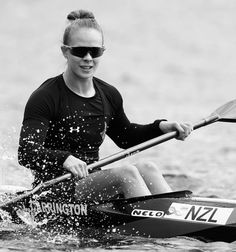 What a finish from Lisa Carrington! That's another GOLD in the K1 500.