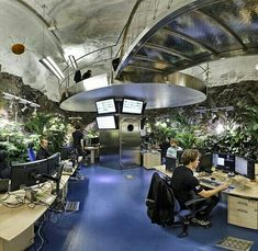 Wiki Leaks underground bunker in Stockholm (have plants in bunker for better air Doomsday Bunker, Underground Shelter, Underground Bunker Plans, Underground Cities, Camping Survival, Survival Gear, Survival Stuff, Survival Shelter, Survival Prepping