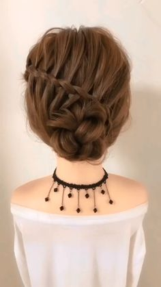 Easy Hairstyles For Long Hair, Diy Hairstyles, Beautiful Hairstyles, Hairstyles Videos, Simple Hairstyles For Long Hair, Simple Hairstyle Video, Curly Hair Easy Updo, Hairstyle For Women, Short Hairstyle Tutorial