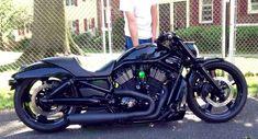 Custom Vrod Harley, Air Ride front n rear Slammed.