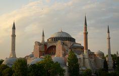 Hagia Sophia, the epitome of byzantine architecture 作者 Fotopedia Editorial Team
