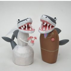 shark wedding cake toppers from bunnywithatoolbelt.com