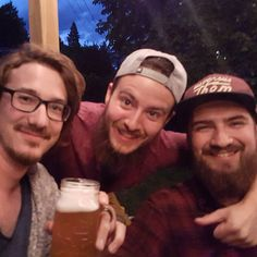 We found ourselves a hipster! Fucken happy to see you buddy! Beer Photos, Craft Beer, Hipster, Couple Photos, Happy, Instagram Posts, Youtube, Couple Pics, Couple Photography