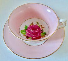 Antiquité. Ensemble tasse-soucoupe porcelaine Angleterre Tout Rose, Oeuvre D'art, Tea Cups, Tableware, Collection, England, Porcelain, Objects, Dinnerware