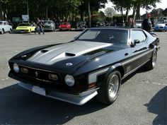 ford-mustang-mach1-fastback-coupe-1972-a