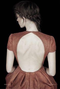 open back dress. @abbey Phillips Rubke (FAIRE FROU FROU) via ~ Christina ~