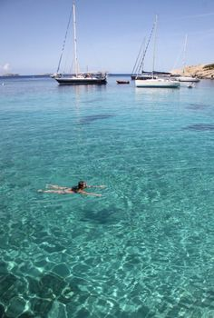 Imagine if i can swim there Ibiza, Wonderful Places, Beautiful Places, Sailing Holidays, Balearic Islands, Costa, Cities, Vacation Spots, Us Travel