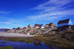 A rainbow of differently coloured houses in Ilulissat-750-cs