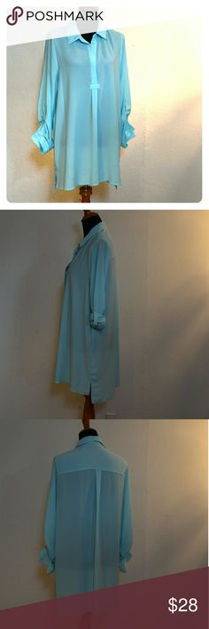 Roll sleeve tunic blouse Excellent used condition, sleeves can be rolled or worn full length Pleione Tops Tunics