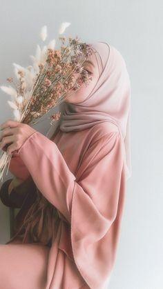 Hijabi Girl, Girl Hijab, Sabrina Carpenter Style, Hijab Drawing, Mode Hijab, Modern Hijab Fashion, Hand Photography, Hijab Chic, Beautiful Hijab