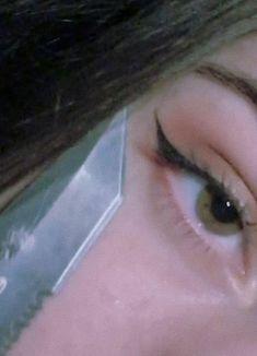 Aesthetic Eyes, Badass Aesthetic, Bad Girl Aesthetic, Aesthetic Collage, Aesthetic Makeup, Aesthetic Grunge, Aesthetic Photo, Aesthetic Pictures, Fille Gangsta