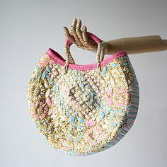 ファティマ モロッコ フラワークロスラウンドバスケット ピンク - バブーシュと大人かわいい雑貨のセレクトショップ「マッシュ・ノート」