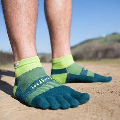 いいね!301件、コメント5件 ― Injinjiさん(@injinji)のInstagramアカウント: 「Protect your toes from the trails to the road. Shop the new Spring '17 collection now! #Injinji…」