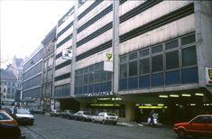 159L20110287 Stiftgasse, Blick Richtung Mariahilfer Strasse, rechts Kaufhaus Herzmansky.jpg