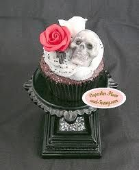 gothic cupcakes - Google Search