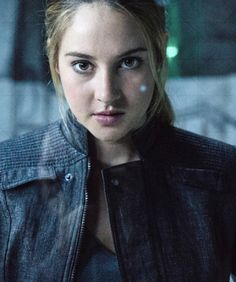 The Divergent deleted scene that was too gruesome for theaters