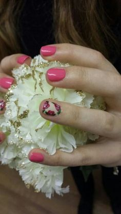 """Roses using Gelish colour """"passion"""" by Felicity Burgess - Young at Belle Dame Nails."""