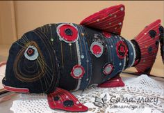 (1) Одноклассники Sewing Crafts, Sewing Projects, Doll Toys, Doll Clothes, Sewing Patterns, Arts And Crafts, Textiles, Throw Pillows, Quilts