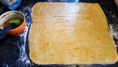 Saratele fragede, ieftine si spornice | Savori Urbane Croissant, Dairy, Bread, Cheese, Ethnic Recipes, Food, Brot, Essen, Crescent Roll