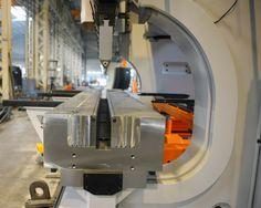 Manual adjustable V-die Press Brake Tooling, Cnc Press Brake, Sheet Metal Work, Metal Projects, Metal Fabrication, Cool Tools, Bending, Metal Working, Manual
