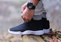 "online store 44cc2 af4a7 Releasing  Air Jordan Future ""Black   White"" Nike Gratis Sko, Air Jordans"