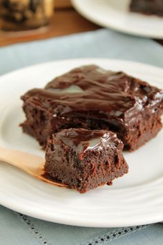 Chocolate cake with coconut milk! Fudge Brownies, Brownie Cake, Chocolate Brownies, Sweet Recipes, Cake Recipes, Dessert Recipes, Eat Dessert First, Sweet And Salty, Chocolate Recipes