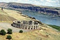 Stonehenge along the Columbia River Gorge, Washington State side Washington State History, Camping In Washington State, Oregon Washington, Great Places, Places To See, Beautiful Places, Camping In North Carolina, Evergreen State, California Camping