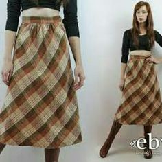 Vintage plaid skirt. This is a beautiful vintage plaid skirt. Skirts