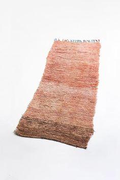vintage moroccan rug with orange gradiant - tassel runner carpet Orange Pillow Cases, Orange Pillows, Moroccan Decor, Moroccan Rugs, Boho Trends, Bohemian Interior Design, Tribal Patterns, Berber Rug, Geometric Designs
