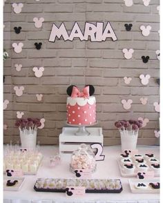 Dessert Table from a Minnie Mouse Birthday Party via Kara's Party Ideas Minnie Mouse Theme Party, Minnie Mouse Birthday Cakes, Mickey Party, Minnie Mouse Party Decorations, Mickey Cakes, Mickey Birthday, Birthday Party Decorations, Birthday Parties, Birthday Desserts