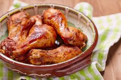 Quick and tasty chicken drumsticks Baked Chicken Drumsticks, Easy Baked Chicken, Chicken Drumstick Recipes, Chicken Recipes, Fun Cooking, Cooking Recipes, Diet Recipes, Grandmothers Kitchen, Rice Krispy Treats Recipe