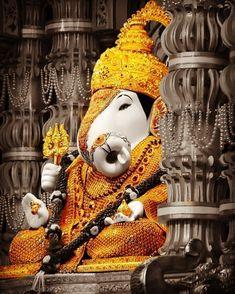 Ganesha Painting, Lord Shiva Painting, Ganesha Art, Ganesh Chaturthi Status, Happy Ganesh Chaturthi Images, Shri Ram Photo, Ganesh Photo, Shri Ganesh Images, Ganesha Pictures