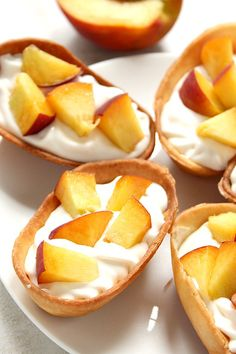 Peaches and Cream Dessert Taco Boats recipe - crispy tortilla taco boats filled with sweet and creamy cheesecake filling and topped with fresh, chopped juicy peaches. This quick and easy dessert disappeared quickly in our house! Summer Desserts, Easy Desserts, Dessert Recipes, Dinner Recipes, Peaches And Cream Dessert, Crepes, Lemon Raspberry Cheesecake, Taco Boats, Triple Chocolate Mousse Cake